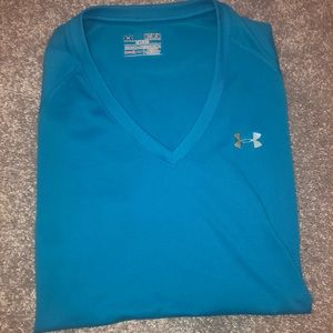 Under Armour Women's Semi-fitted top
